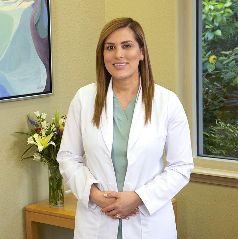 Dr. Reyes-Viruet Periodontist
